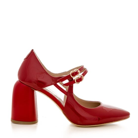 Fantasy lacquered red