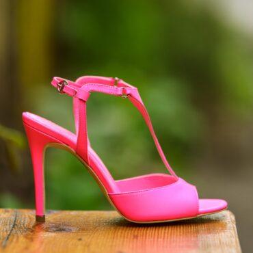 Isabelle neon fuchsia