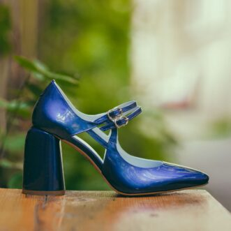 Fantasy lacquered blue
