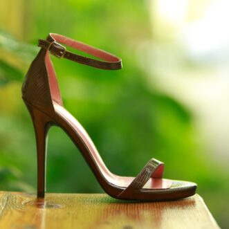 Alice lacquered coppery